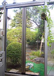 施工例:出入口網戸